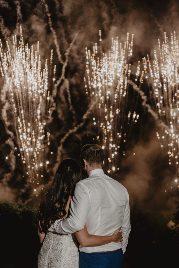 Destination wedding planner - Italian wedding traditions - fireworks