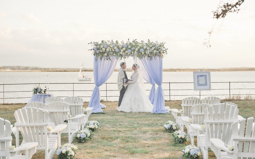 Jewish Wedding Planner – Bringing the Hamptons to the UK – Jewish Destination Wedding Inspiration on Osea Island