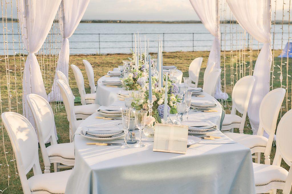 jewish wedding planner - osea island - serpentine dinner table