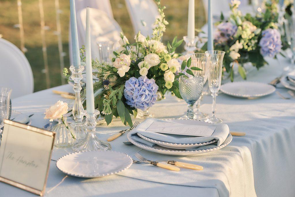 jewish wedding planner - jewish destination wedding on osea island - dinner table